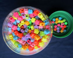 A58A30A20A20-1  Colorful Flower Plastic Beads