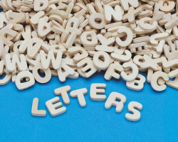 WD7414 Wooden Letters (set of 300)
